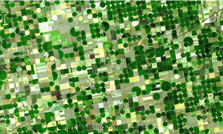 Crops_Kansas_AST_20010624-1024x575 copy